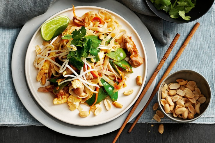 chicken-pad-thai-94082-1