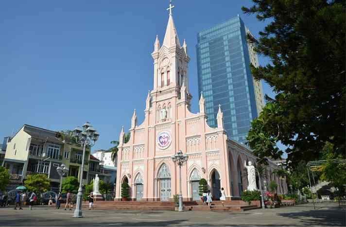 the-pink-church-danang