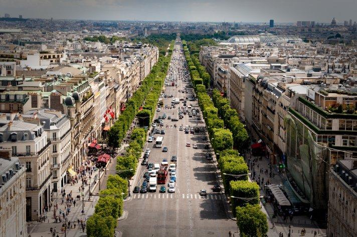 avenue_des_champs-c389lysc3a9es_july_24_2009_n1