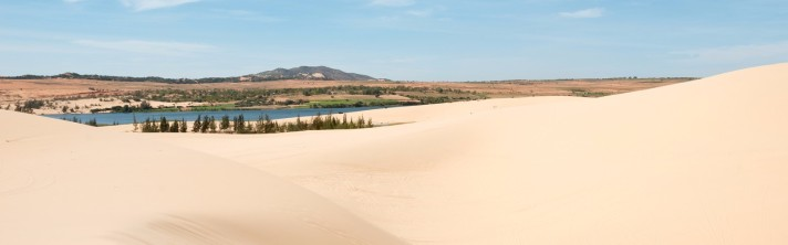 -phan-thiet-white-sand-dunes-001